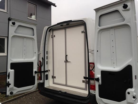 Izotermické úpravy chladiarenských dodávkových vozidiel